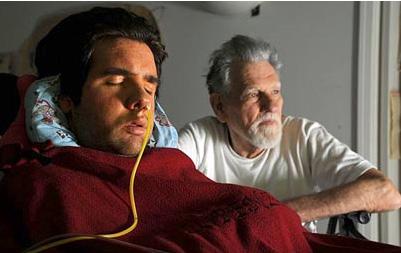 Lorenzo e Augusto Odone em uma das últimas fotos antes de sua morte