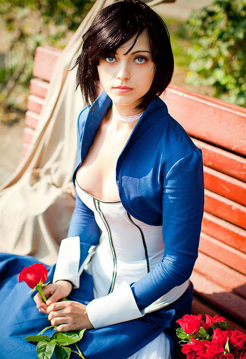Belíssima cosplay de Elizabeth do game BioShock Infinite